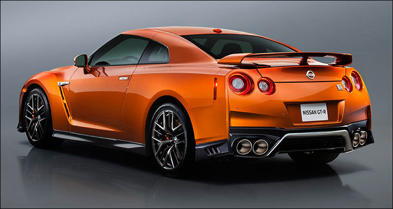 Need One Of The Best Tow Vehicles Available To Your Z Races Then You Ll Like First West Coast Showing New 2017 Nissan An